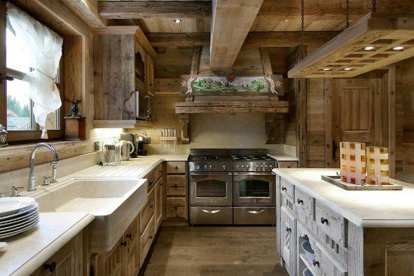 Уютная и функциональная кухня