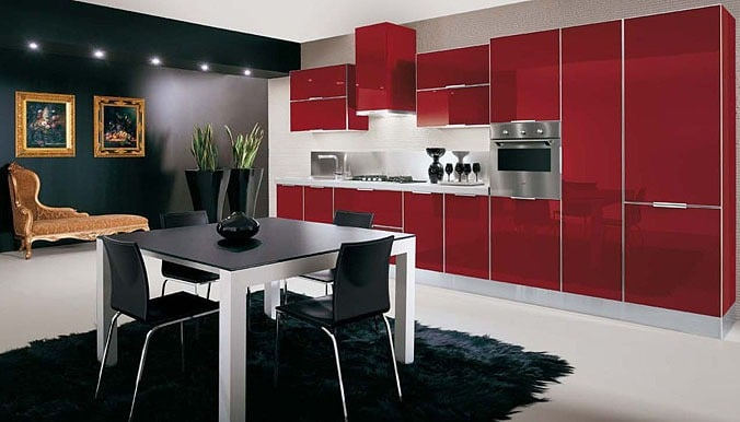 кухня чёрно-красная