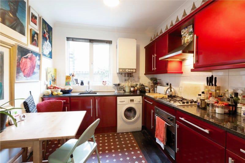 Обои красные в интерьере кухни фото как красиво задрапировать