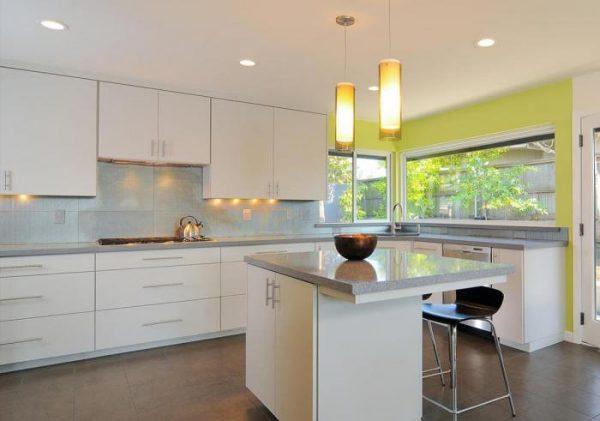 современный дизайн кухни 15 кв м с окнами