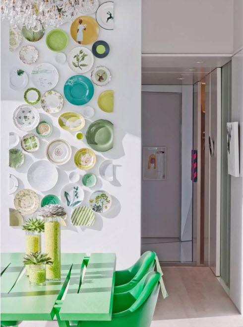дизайн кухни 15 кв. метров 2017 года с настенным декором
