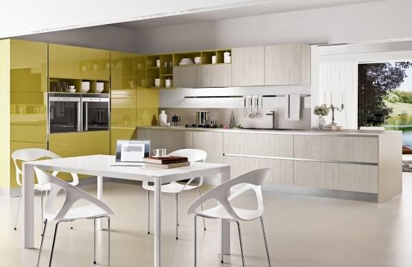 бело-оливковая кухня