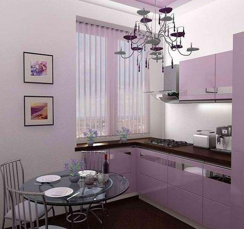 фиолетовая кухня 5 кв.метров в хрущёвке