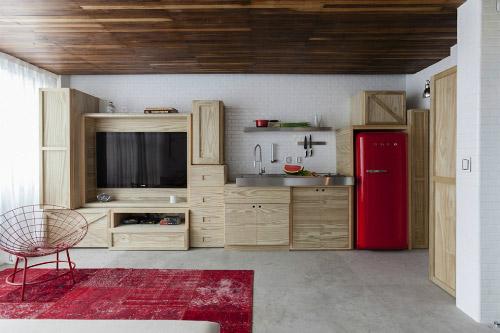 бежевая кухня экономкласса в частном доме