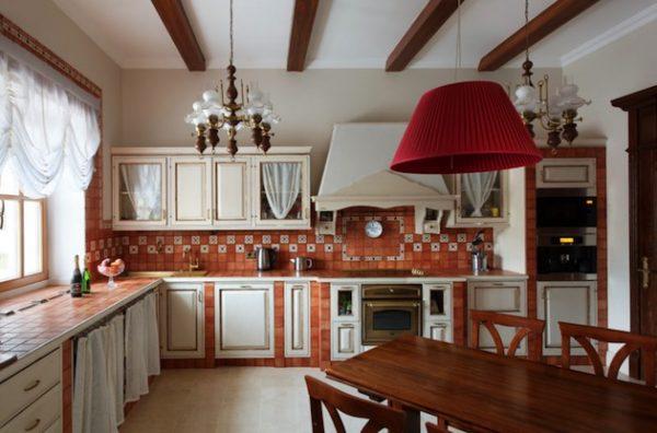кухня эконом класса в частном доме
