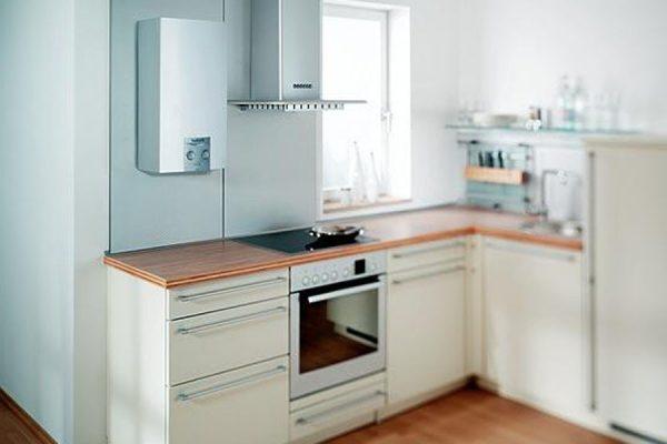 угловая кухня в частном доме