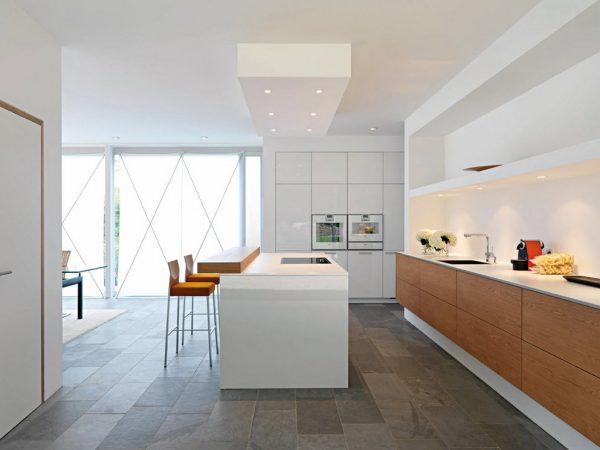 кухня в стиле модерн с островной зоной
