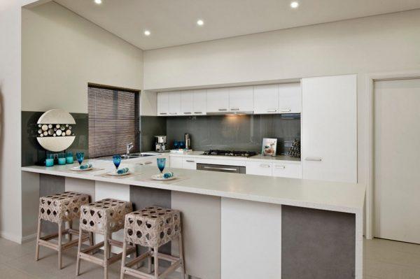 кухня белая в стиле модерн