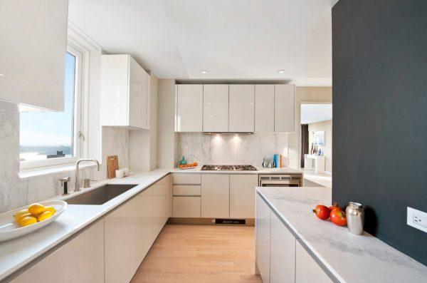 персиковая кухня в стиле модерн