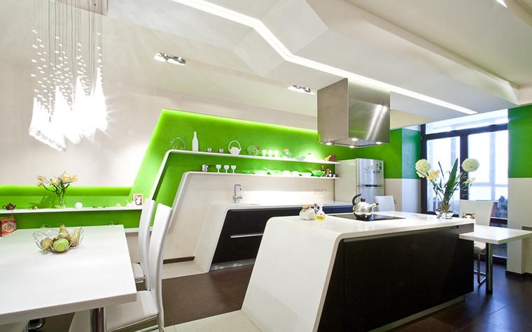 Кухонный гарнитур цвета лайм — фото в интерьере