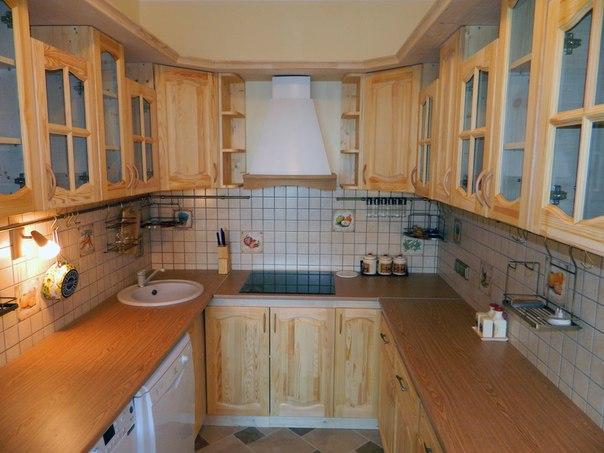 П-образная кухня из мебельных щитов