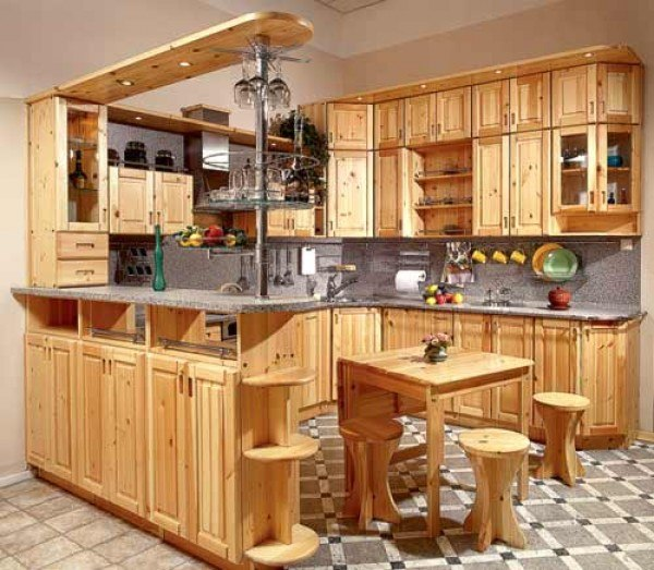 кухня из мебельных щитов со столом