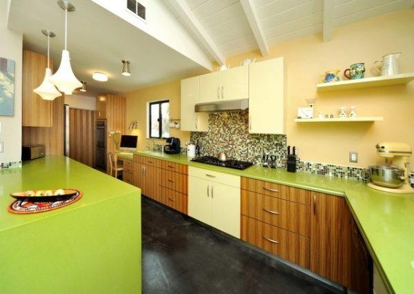 Столешница оливкового цвета