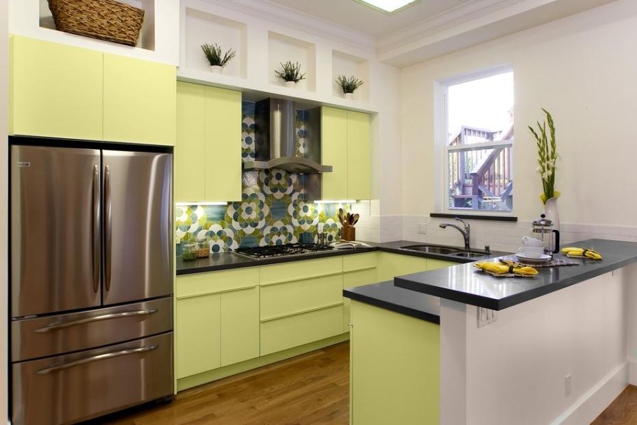 Кухня оливкового цвета в интерьере фото