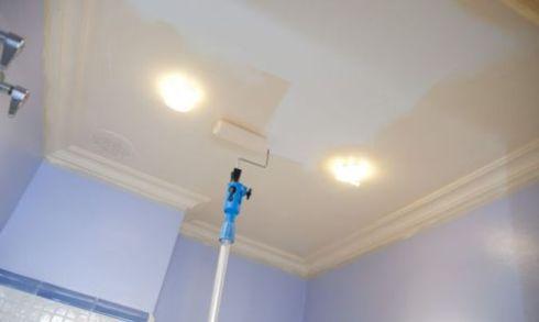 ремонт на кухне - крашенный потолок