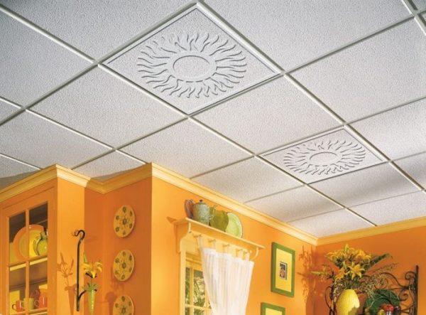 ремонт кухни - потолочные плиты