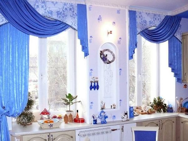 синие шторы своими руками для кухни