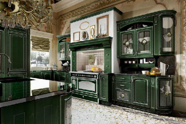 тёмно-зелёная кухня в классическом стиле