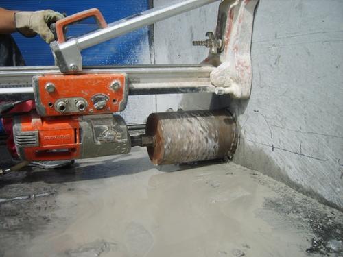 алмазное бурение бетона в Москве